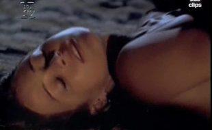 Gabriela Duarte nua e pelada fazendo sexo