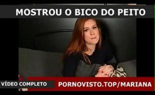 homem pegando nos peitos da Marina Ruy Barbosa