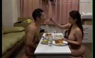 Cenando a mi amante