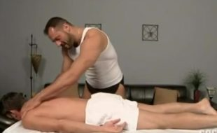 Sexo com massagem gay video super quente