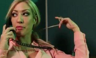 Tesoura lésbica no escritório